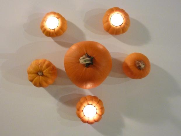 Honestyle-Pumpkin-Votive-DIY-Halloween
